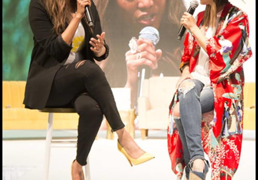 "Highlight: BeautyCon LA And Its Special Guest ""Tyra Banks"""