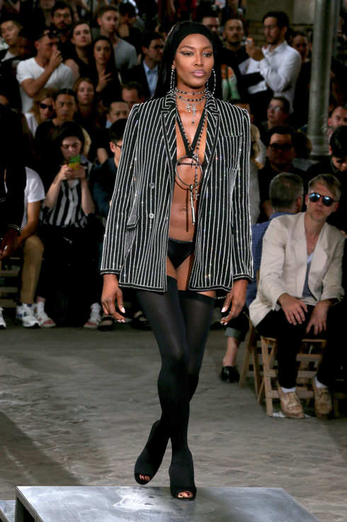 26-naomi-campbell-givenchy.w245.h368.2x